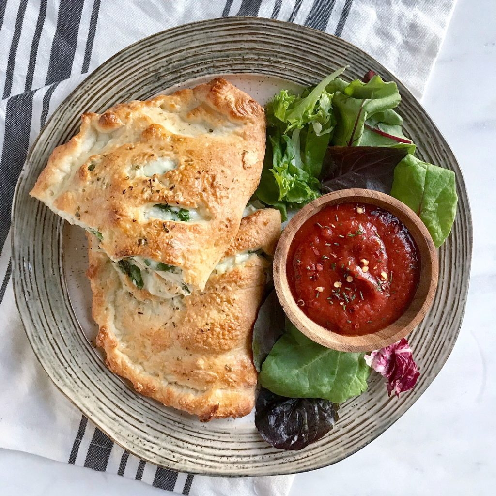 Spinach & Chicken Calzone with Easy Two-Ingredient Dough - 9 Weight Watchers Smart Points | Rachelshealthyplate.com